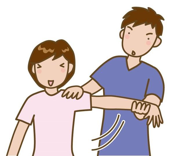 五十肩で肩が上がらない患者